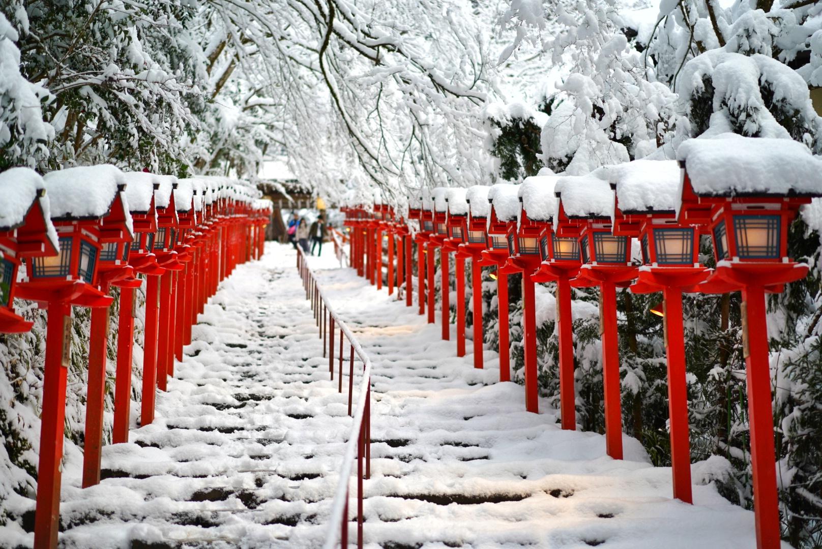 到京都一定不能错过的神社!---贵船神社